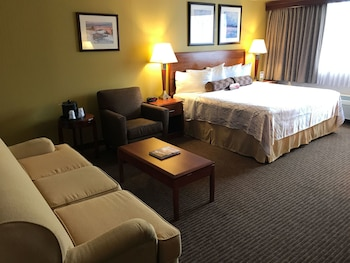 Deluxe Room, 1 King Bed (Upgraded)