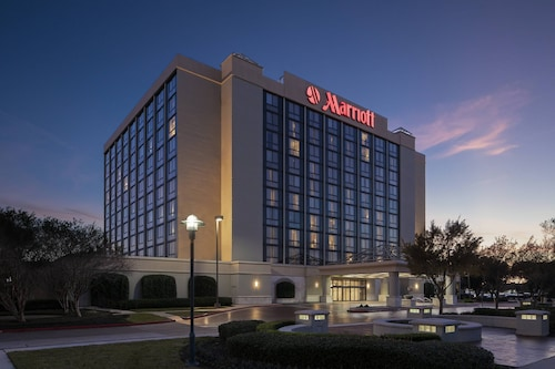 . Houston Marriott South at Hobby Airport