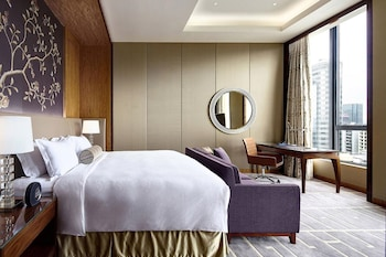 Sky Harbour Room