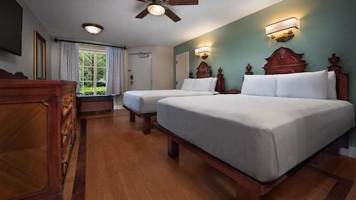Disney's Port Orleans Resort French Quarter image 32