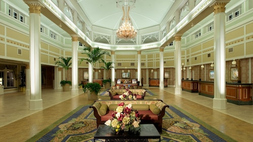 Disney's Port Orleans Resort French Quarter image 4