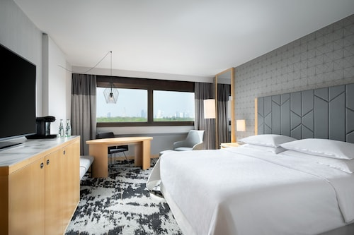 . Sheraton Frankfurt Airport Hotel & Conference Center