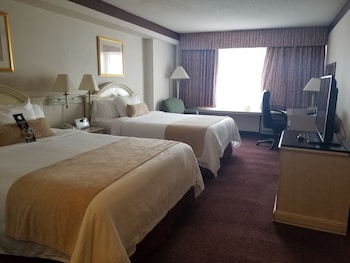Premier Room, 2 Queen Beds, Non Smoking