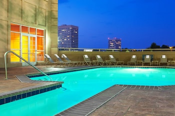 Galleria-Atlanta 喜來登套房飯店 Sheraton Suites Galleria-Atlanta