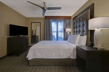 Suite, 1 Double Bed with Sofa bed, Bathtub