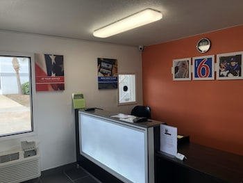 Motel 6 Brunswick, GA - Reception  - #0