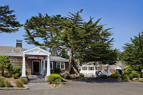 . Lighthouse Lodge And Cottages