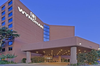 Hotel - Wyndham Dallas Suites- Park Central
