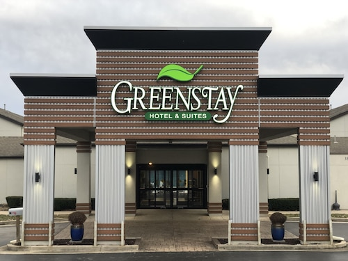 . Greenstay Inn & Suites CourtView