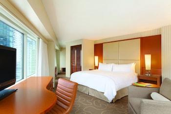 Swiss Pinnacle, Room, 1 King Bed, Non Smoking, City View