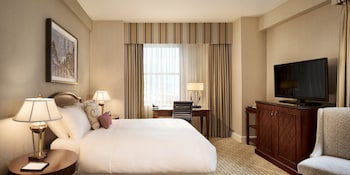 Room, 1 King Bed, Non Smoking (Fairmont Room)