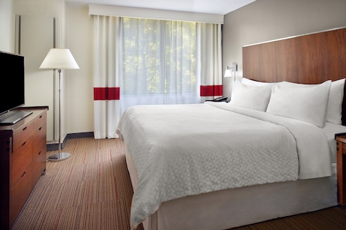 . Four Points by Sheraton Charlotte