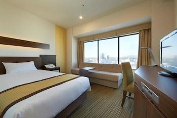 モデレートルーム 禁煙 10-17階  (2人目はソファーベッドを利用)|新横浜プリンスホテル