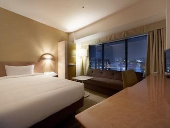 スタンダードルーム 喫煙 7・8階 (2人目はソファーベッドを利用)|新横浜プリンスホテル