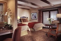 Deluxe Double Room, 2 Double Beds, Accessible