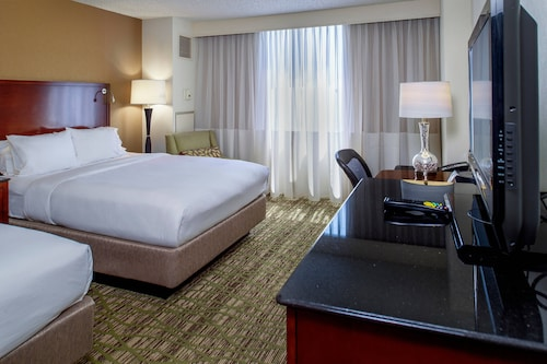 __{offers.Best_flights}__ Marriott St. Louis West
