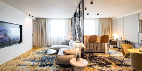 Hotel SOFIA Barcelona, in the Unbound Collection by Hyatt, Barcelona