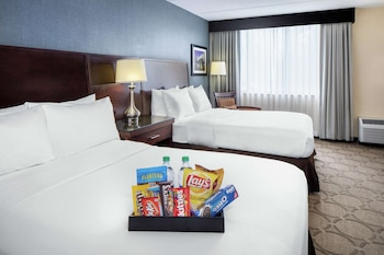 Room, 1 King Bed (Treat Yourself Amenities)