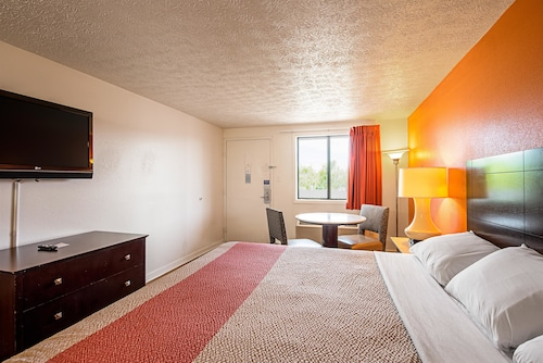Motel 6 Norfolk - Oceanview, Norfolk