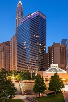 Hotel - Wyndham Grand Chicago Riverfront