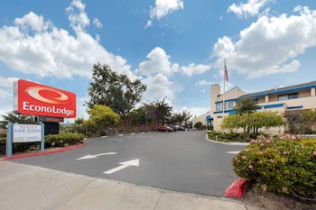 Hotel - Econo Lodge Bay Breeze