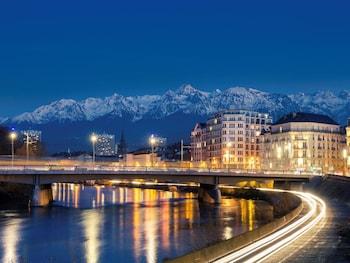 Ibis Grenoble Centre Bastille - Hotel Front  - #0
