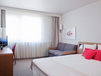 Superior Room, 1 Queen Bed with Sofa bed