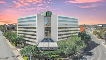 Hotel - Embassy Suites by Hilton Austin Downtown South Congress