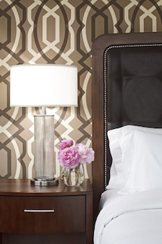 Guestroom at Hilton Alexandria Mark Center in Alexandria