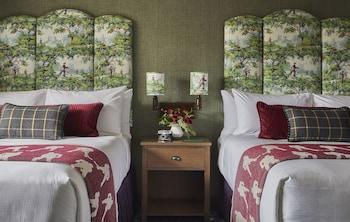 Room, 2 Queen Beds, Accessible (Graduate)