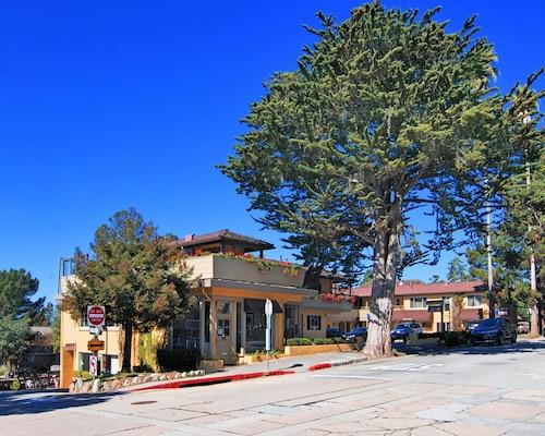 Best Western Carmel's Town House Lodge, Monterey