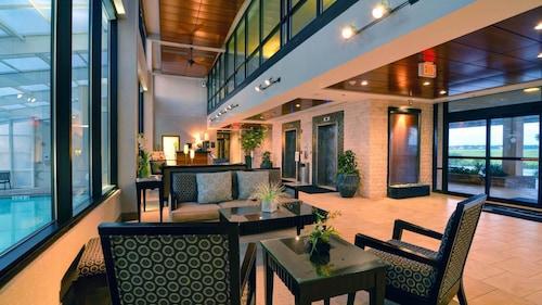 . Shell Island Resort - All Oceanfront Suites