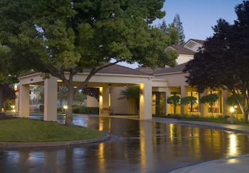 Courtyard by Marriott San Jose Cupertino - Featured Image  - #0