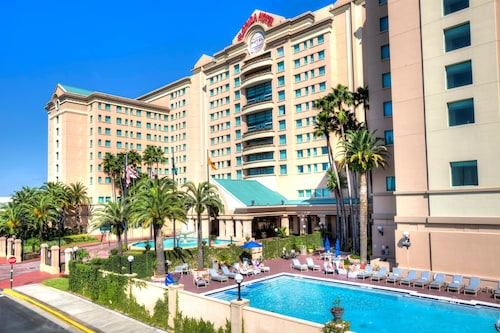 . Florida Hotel & Conference Center in the Florida Mall