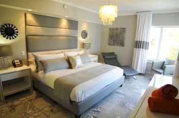 Suite, 1 King Bed, Oceanfront
