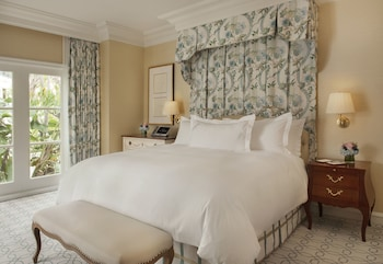 Suite, Jetted Tub