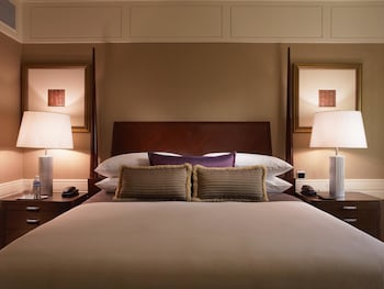 Executive Suite Indulgence Offer - Get 1 Free Room For Kids