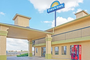Hotel - Days Inn by Wyndham San Antonio Morgan's Wonderland / IH-35 N