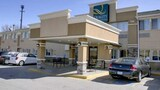 Quality Inn & Suites Des Moines Airport