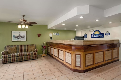 . Days Inn by Wyndham Port Royal/near Parris Island