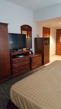 Standard Room, 1 Double Bed, Accessible, Bathtub