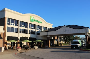 迪莫伊會議中心假日飯店 Holiday Inn Des Moines-Airport/Conf Center, an IHG Hotel