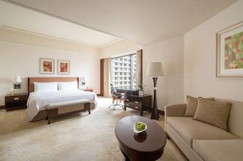 Edsa Shangri-la Manila Room