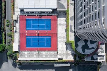 Edsa Shangri-la Manila Tennis Court