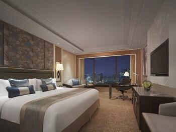 Edsa Shangri-la Manila View from Room
