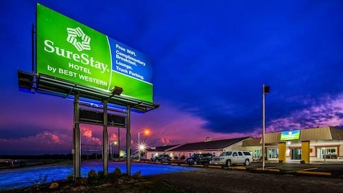 . SureStay Hotel by Best Western Higginsville
