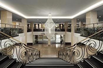 Hotel - The Victoria Hotel Melbourne