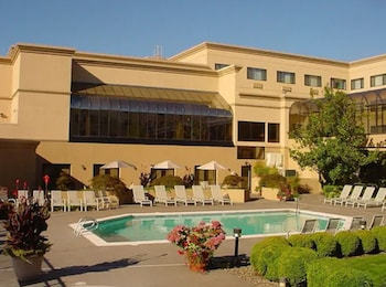 莫納克會議中心飯店 Monarch Hotel & Conference Center