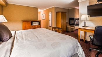 Suite, 1 King Bed with Sofa bed, Non Smoking, Fireplace (with Sofabed)