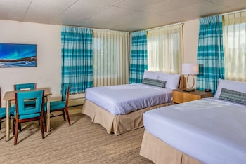 Junior Suite, 2 Queen Beds, Non Smoking